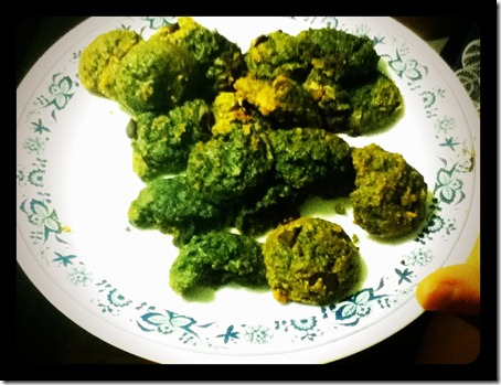 cookies turn green